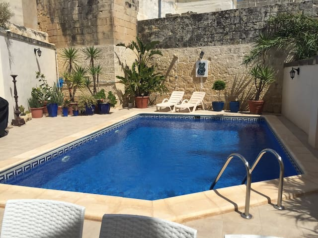 3 bed-roomed townhouse  with pool facilities