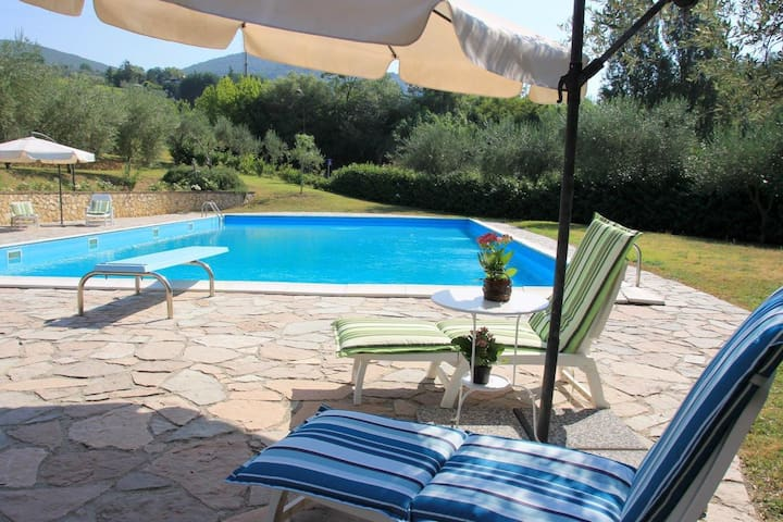 Cozy Villa del Poggio in Sabina near Rome - Poggio Mirteto - House