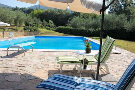 Cozy Villa del Poggio in Sabina near Rome - Poggio Mirteto - Casa