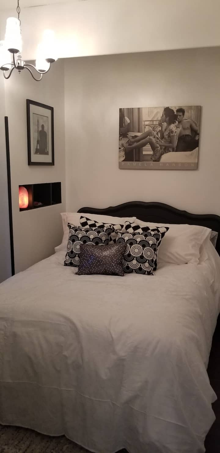 Mi CASA ES SU CASA B&B THE SHADES OF GRAY ROOM #2