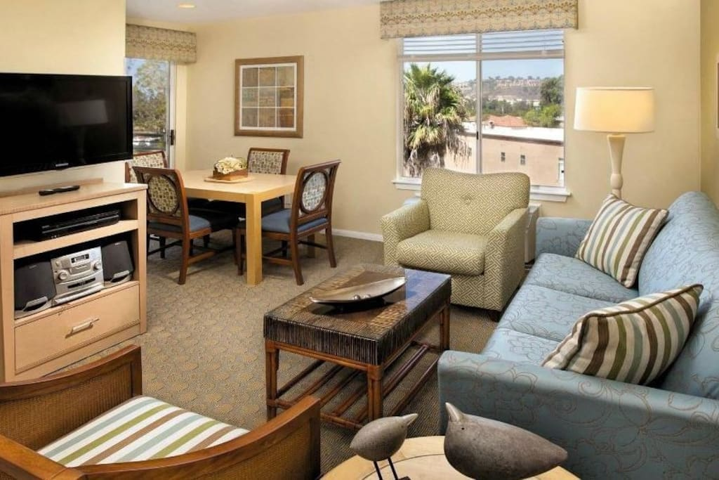 San Diego Mission Valley 1 Bedroom Condo Less Condominiums For Rent In San Diego California