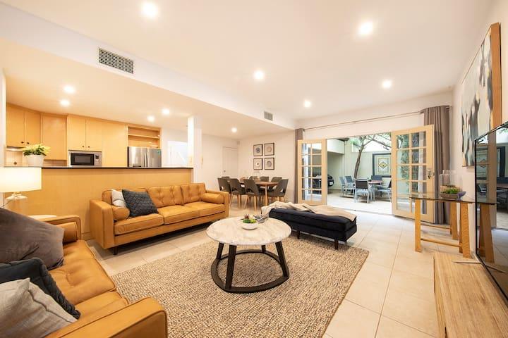 Australian Luxury Stays - CLAXTON PLACE