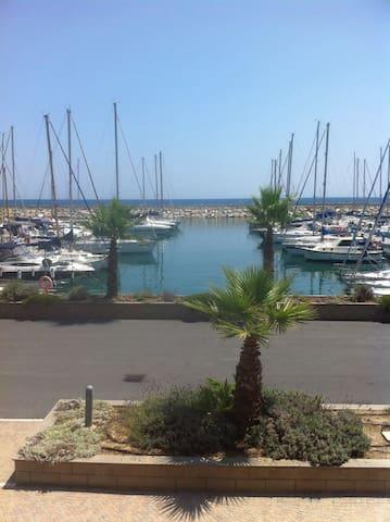 Alloggio sul mare nuovissimo - San Lorenzo al Mare - Rumah Bumi