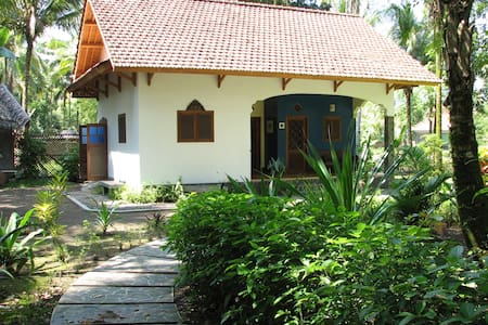 The Bungalow at Paddy View - Pangandaran