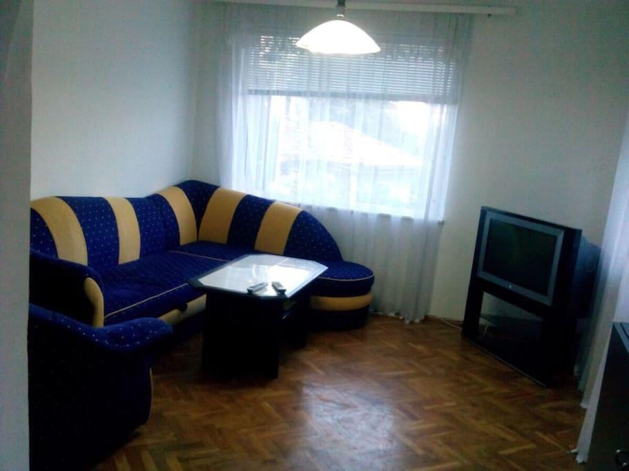 Living 1 room - extendable sofa