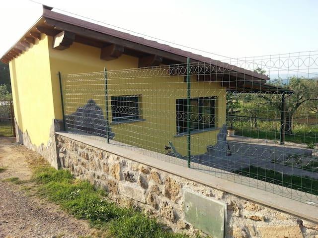 Monolocale 30m vista lago - Capodimonte