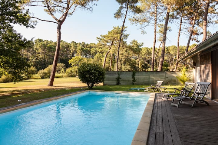 Great 5 * charming house, heated pool!