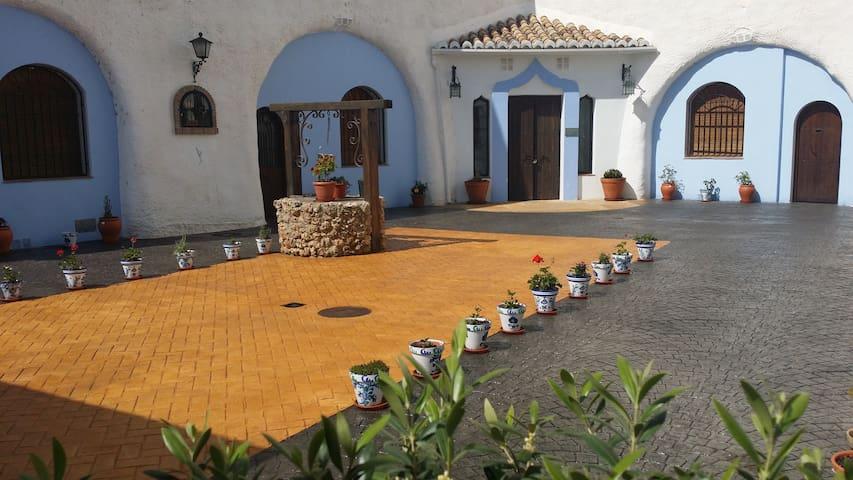 3x2 Alojamiento en Cuevas + 1 Baño - Alhama de Granada