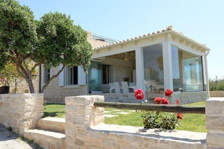Villa Antigoni - Καλαμάκι - Villa