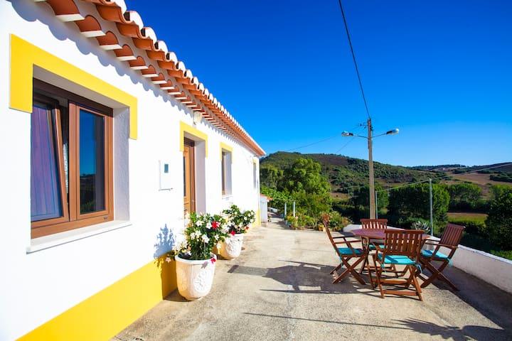 "Fantastic views in old town ""Casa da Farmor"""