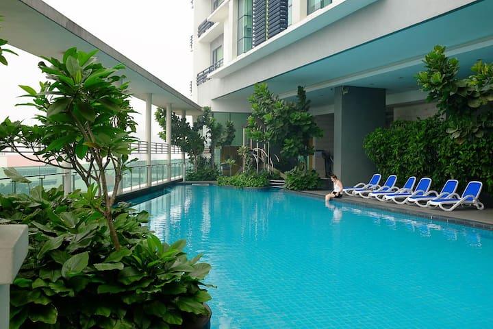 Quiet Room @ KL City Center, High Walkability +LRT - Kuala Lumpur - Kondominium