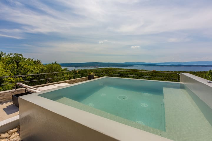 One bedroom House, in Crikvenica, Outdoor whirlpool