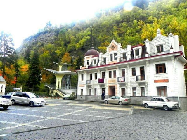 Borjomi , Park - Borjomi - Byt