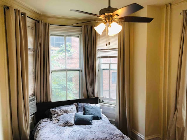 Boutique 1 bedroom in the heart of Rittenhouse