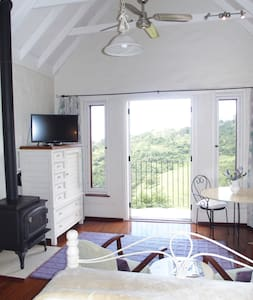 Romantic ,private, secluded cottage - Pokolbin - Hytte