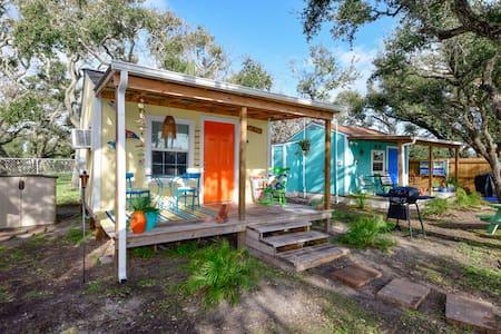 Third Coast Cottages / Goldie's Cottage