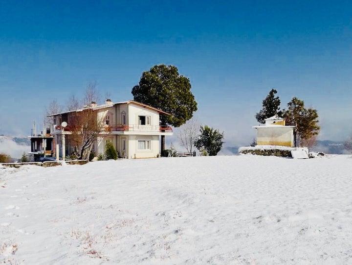 The Pine Villa, Mukteshwar