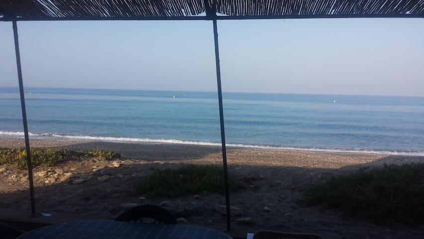 Casa a 30 metros del mar - Balerma - House