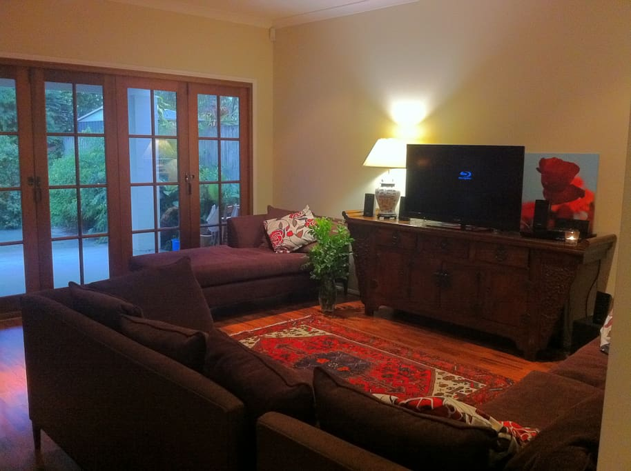 Cosy comfy family room