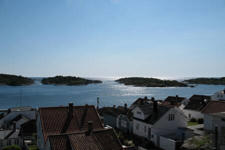 Leilighet med fantastisk utsikt - Risør - Квартира