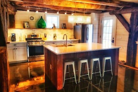 Elegant Historic Barn on Seneca Lake Wine Trail!