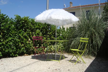 Self catering flat near La Rochelle - Chambon