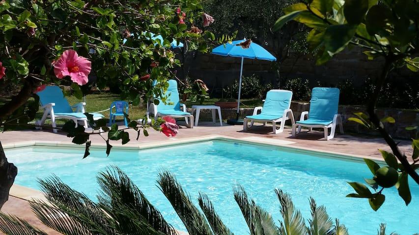 Splendida villa con piscina a pochi km da Palermo - Carini - Villa