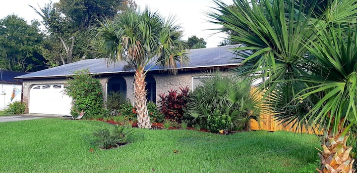 Charming 3 bedroom house, Daytona