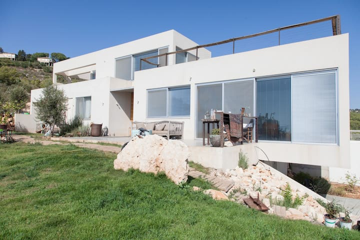 House in the Beauty of Ein Hod