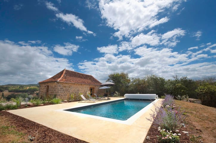 Romantic Cottage Dordogne Valley---Heated Pool - Curemonte - Rumah