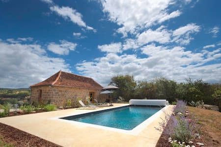Romantic Cottage Dordogne Valley---Heated Pool - Curemonte - Huis