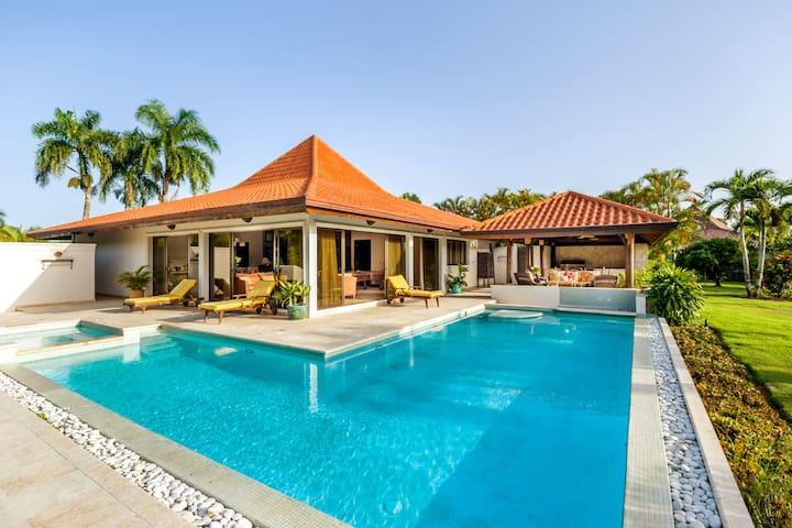 Casa de Campo 5 bdrm w pool/jacuzzi/billiard table