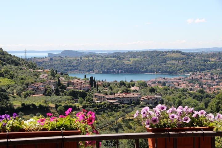 B & B Le terrazze su Salo' Cannella - Roé - ที่พักพร้อมอาหารเช้า