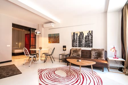 Cool Apartment in Chueca