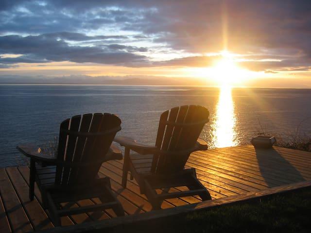 Evening sunset on the Martini Deck