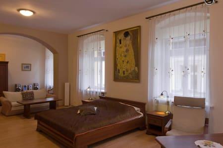 Apartament 140 m2, Cieplice Zdrój - Jelenia Góra - アパート