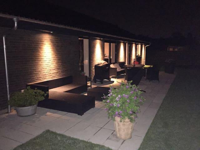 Helt nyt hus tæt på København. - Vallensbæk Strand - Haus