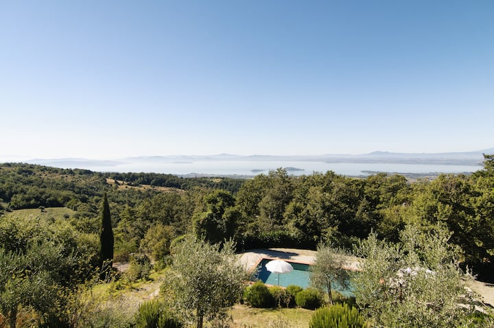 Villa lake Trasimeno pool ground floor 6 people
