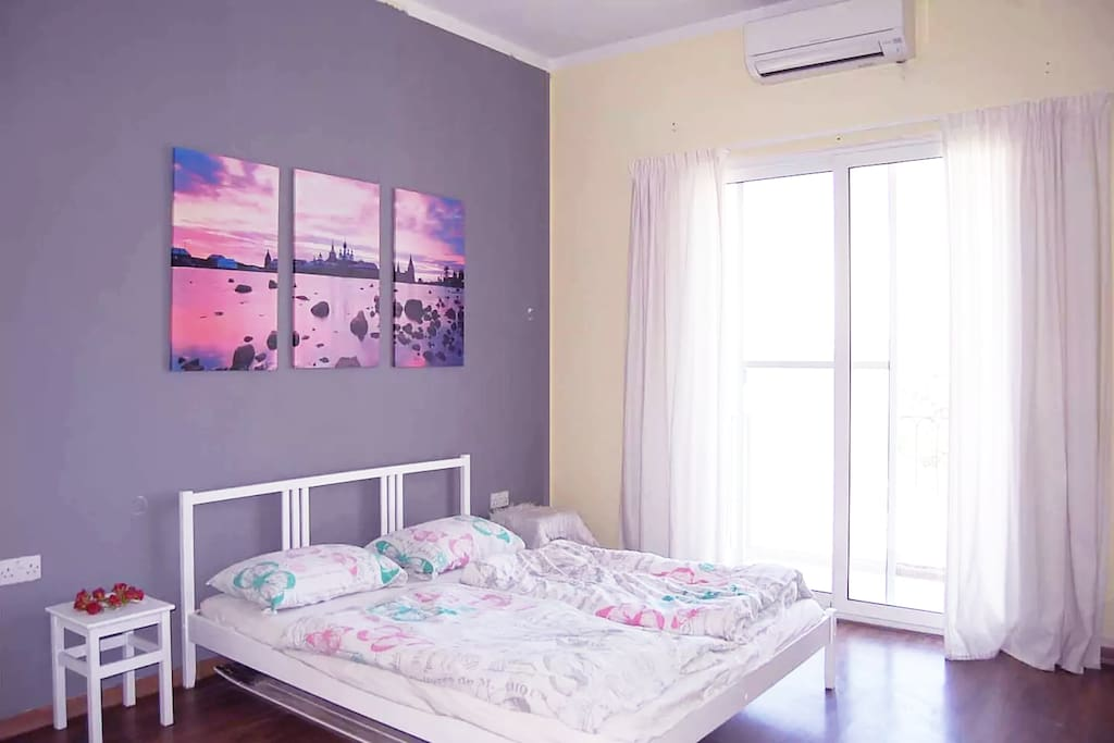 Bright and Big Double bedroom with lots of natural light and AC
