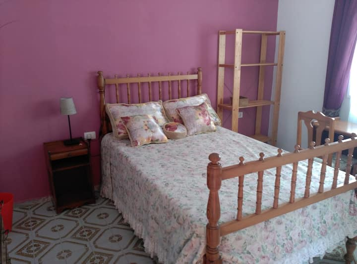Cozy Canarian room in La Laguna