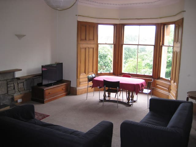 Generous lounge with beautiful views of the Meadows.