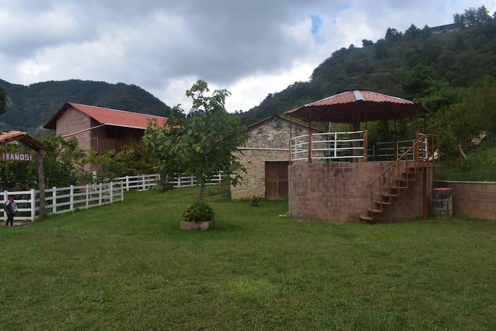 Cabañas Xakali/Cabaña El Mirador