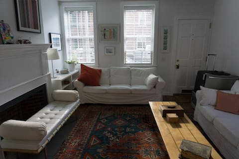 Light self-contained suite in historic Old City