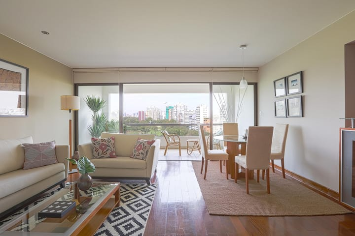 Charming apartment with the best view of El Golf