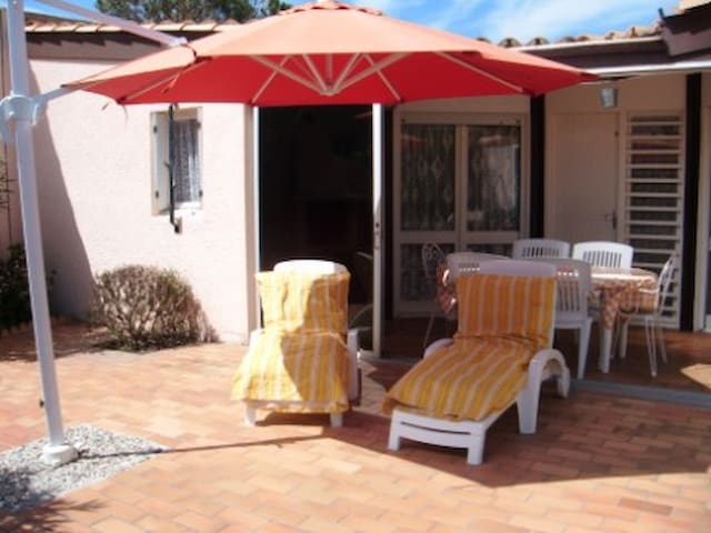 Seaside house w/ furnished terrace - Torreilles - House