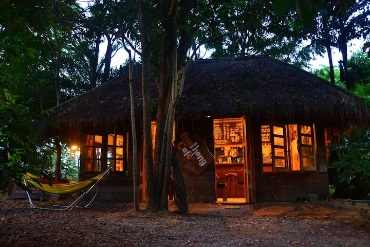 Hokhlong Cafe + Camping + Private bungalows