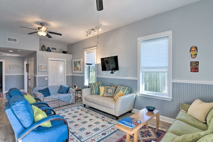 NEW! Colorful Galveston Getaway 500 Ft to Beach!