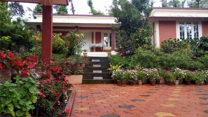 Dreamland home stay,near nagarahole