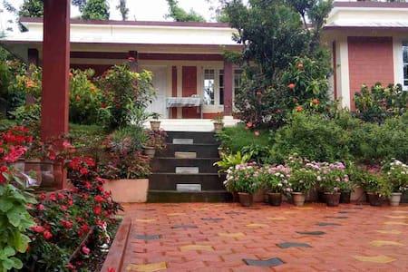 Dreamland home stay,near nagarahole