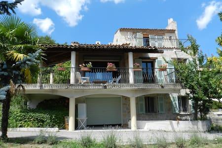 Villa avec superbe vue en Provence - Saint-Pierre - Villa